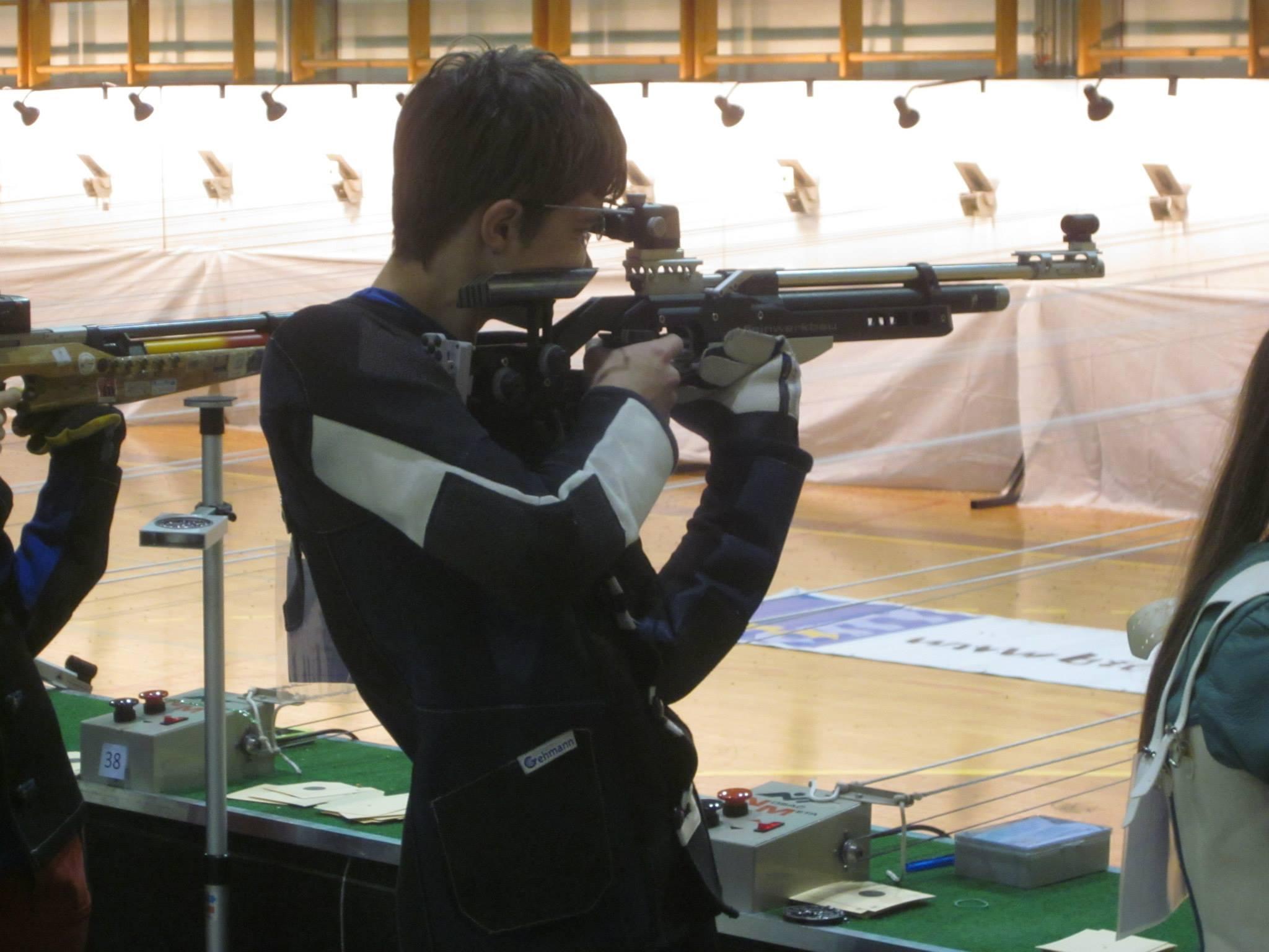 STRELSTVO, 4. turnir v streljanju z zračnim orožjem s standardno zračno puško in standardno zračno pištolo: Naši znova odlični.