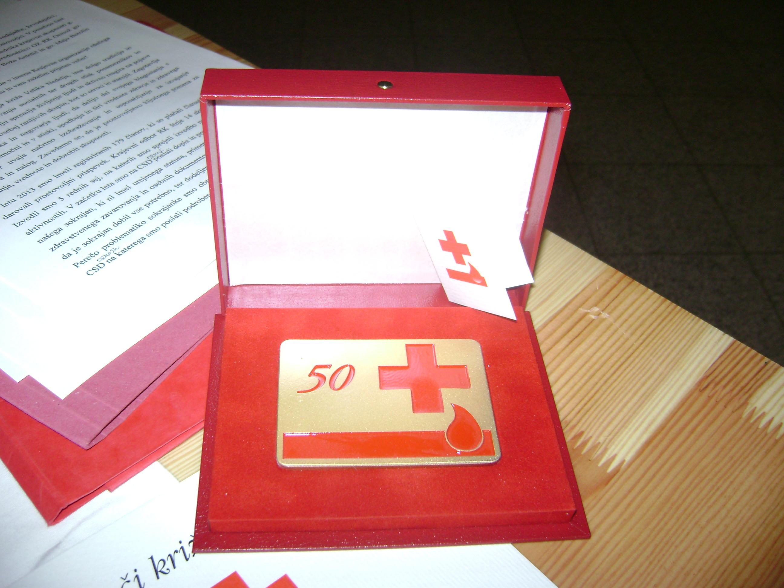 KO RK Velika Nedelja: Defibrilator in 18 priznanj za krvodajalce