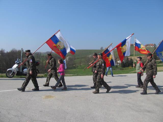 Pohod po poteh braniteljev  meje Republike Slovenije