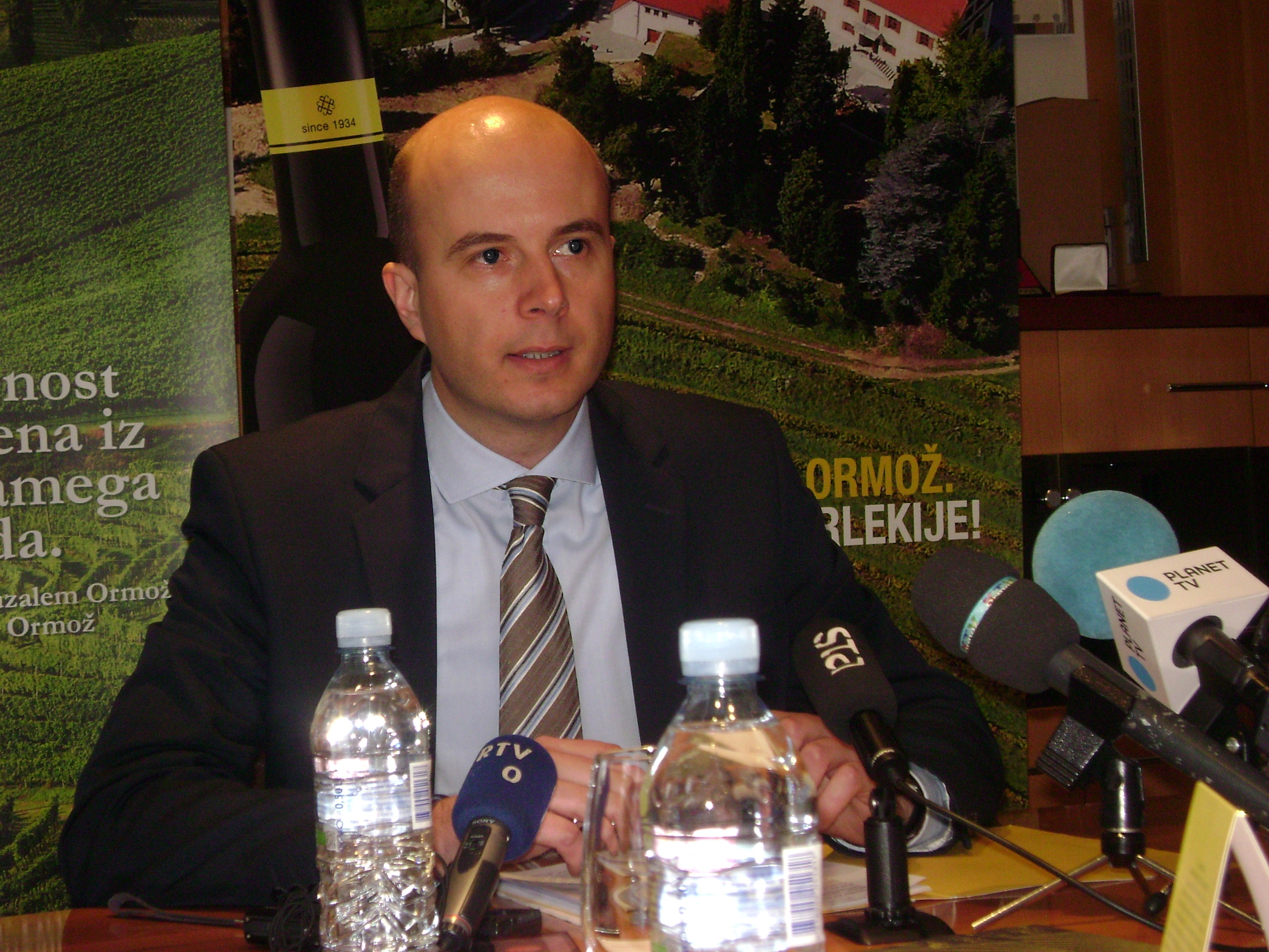 Z današnje tiskovne konference družbe P&F Jeruzalem Ormož: KZ ORMOŽ je tista, ki se ne drži pogodbe!