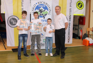 od leve: Nejc Korotaj, Lan Kokol, Tin Kokol, trener Danilo Korotaj.