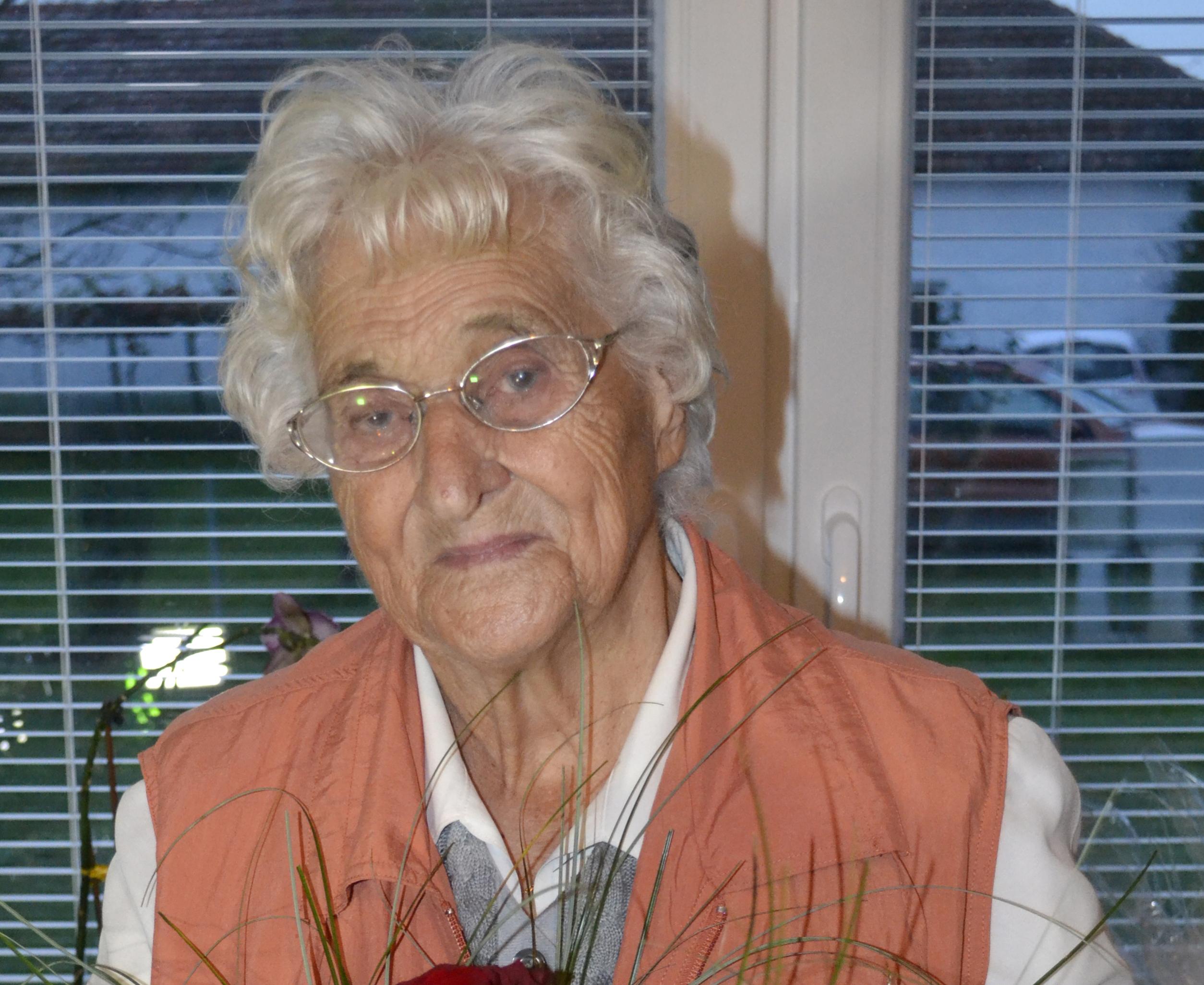 90 let ELIZABETE KOKOT iz Osluševcev 33