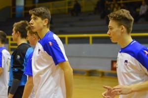 Gašper Horvat (levo) se po poškodbi počasi vrača v pravo formo. 195 cm visoki Ormožan je dobil priložnost na drugi tekmi in v dvajsetih minutah prebitih na igrišču dosegel dva zadetka ter iztržil dve sedemmetrovki.