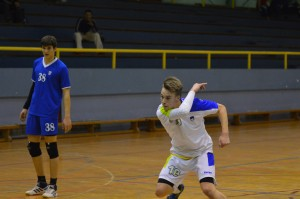 Tilen Kosi je bil s 16 zadetki prvi strelec Slovenije v Umagu. Kosi je realiziral vseh 8 sedemmetrovk na obeh tekmah.