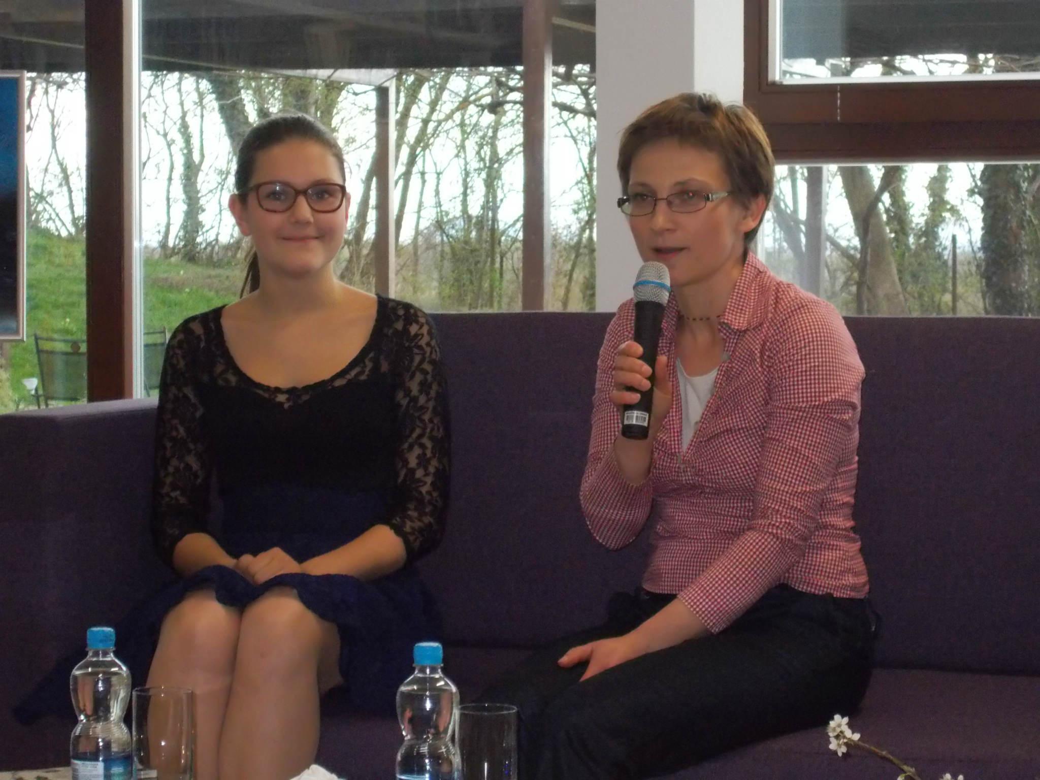 BELE VRTNICE – knjižni prvenec 13-letne Katarine Vaupotič