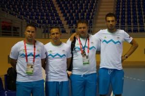 Ekipa trenerjev na sliki je prevzela reprezentanco letnika 2000 in mlajši.