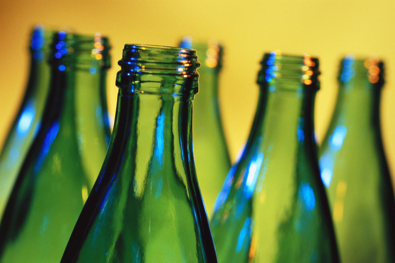 Nesreča pri pomivanju steklenic