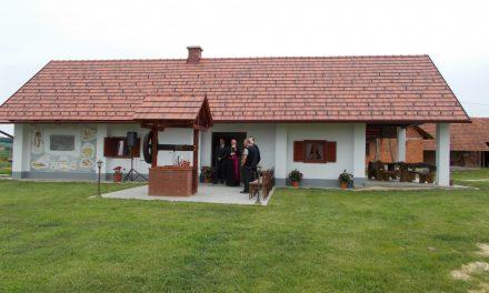 Občina Sveti Tomaž obnovila domačijo rojaka dr.Stanka Cajnkarja v Savcih 65