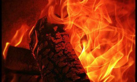 Grabe: Ogenj usoden za 84-letnega moškega