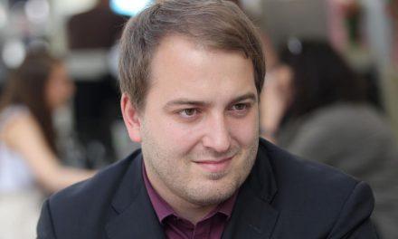"""SPORED KTV ORMOŽ: Gost v nocojšnji oddaji """"Med nami povedano"""" je nepovezani poslanec ANDREJ ČUŠ"""