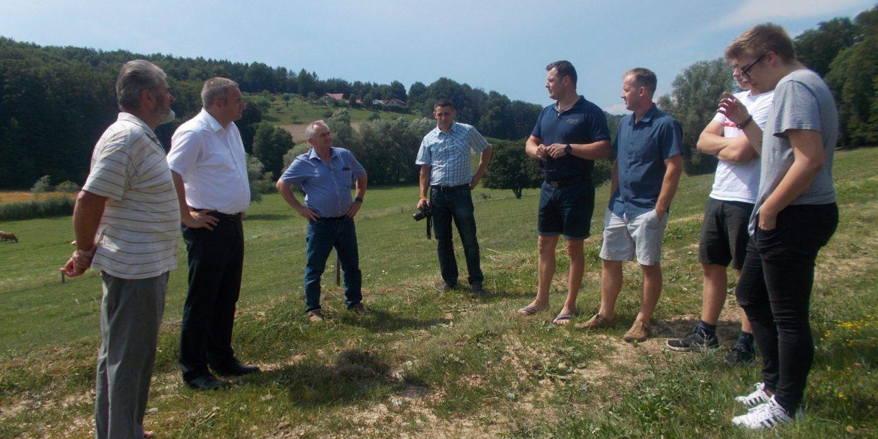 Kmetijski minister Dejan Židan obiskal ekološko kmetijo Mateja Zadravca v Miklavžu pri Ormožu 51