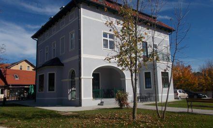 V obnovljeni Grošljevi vili na Dr.Hrovata 10 prvi stanovalci