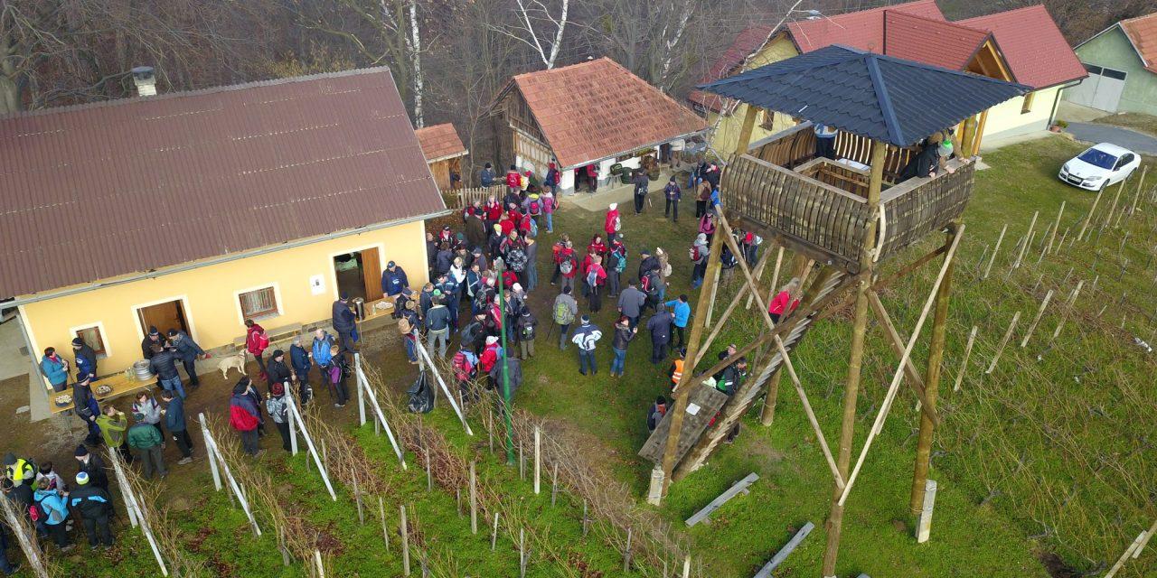 """Turistično društvo Podgorci se je z organizacijo """"vincekovega pohoda"""" tudi letos odlično izkazalo"""