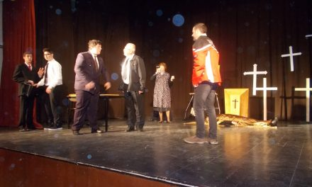 "Gledališka sekcija TKD Miklavž pri Ormožu vabi na premiero komedije ""Mrtve duše"""