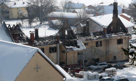 Pomagajmo dvanajstim, ki jim je požar vzel VSE!