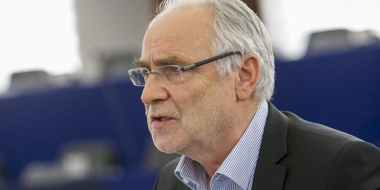 Vsakdanje življenje starejših v Sloveniji in Evropi … (z okrogle mize evropskega poslanca Iva Vajgla v Cvetkovcih)