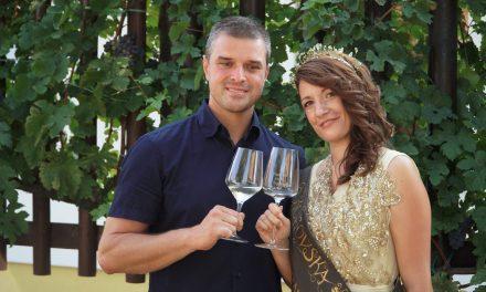 Nives Plemenič je 6.kogovska vinska kraljica
