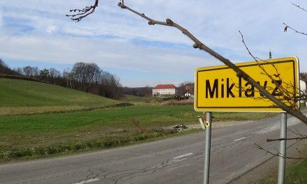 V Miklavžu pri Ormožu je potekalo 7.državno tekmovanje v kegljanju s kroglo na vrvici za upokojence