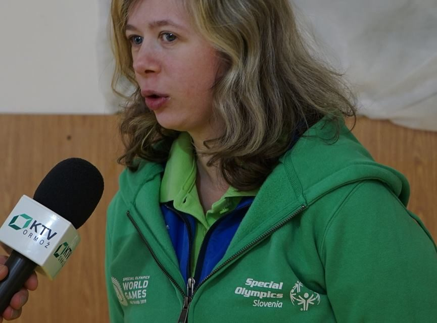 """Na poletne svetovne igre specialne olimpijade v Abi Dhabiju potuje tudi Tamara Korotaj iz OŠ """"Stanka Vraza"""" Ormož"""