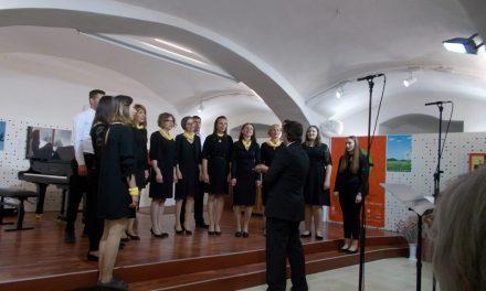 Petek in sobota v znamenju srečanja mladinskih in odraslih pevskih zborov