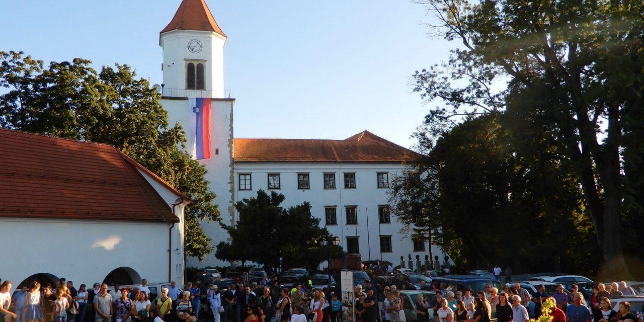 Krajevna skupnost Ormož praznuje: podeljena vrsta priznanj