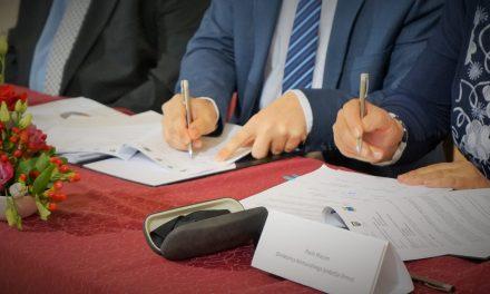 Pogodbe za gradnjo vodovoda po občinah Ormož, Središče ob Dravi in Sveti Tomaž podpisane