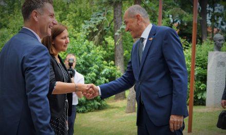 "Predsednik vlade Janez Janša na obisku v Ormožu: ""Ormož se dobro postavlja na noge"""